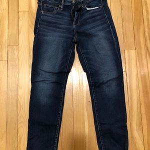 American Eagle skinny jeans 10 short dark wash